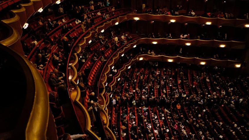 Opera of schouwburg