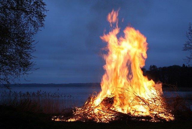 Brandstapel van liefde