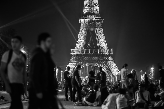 Alsem of Vergif zit in de dosis: Parijse nacht is gauw voorbij