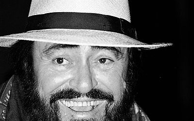 Ontslaving: Luciano Pavarotti: een 'groot' man met een klein hartje